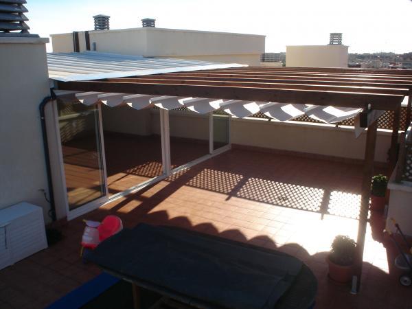 Rs cerramientos techos m viles cortinas de cristal for Toldos y cerramientos para patios